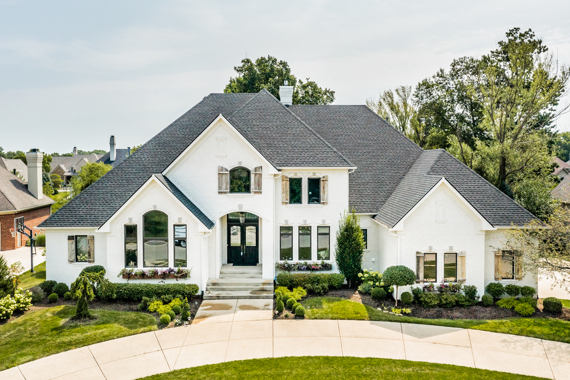 Featured Listing   10415 Charter Oaks Drive